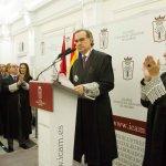 José María Alonso toma posesión de su cargo en un acto conciliador