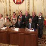 Catalá condecora a 8 procuradores con la Orden de San Raimundo de Peñafort