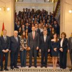 """Carlos Lesmes pide a los nuevos jueces que contribuyan a la paz social y defiendan el """"carácter irrenunciable"""" del imperio de la ley"""