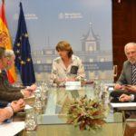 La ministra de Justicia se reúne con el presidente del Consejo General de Procuradores de España, Juan Carlos Estévez